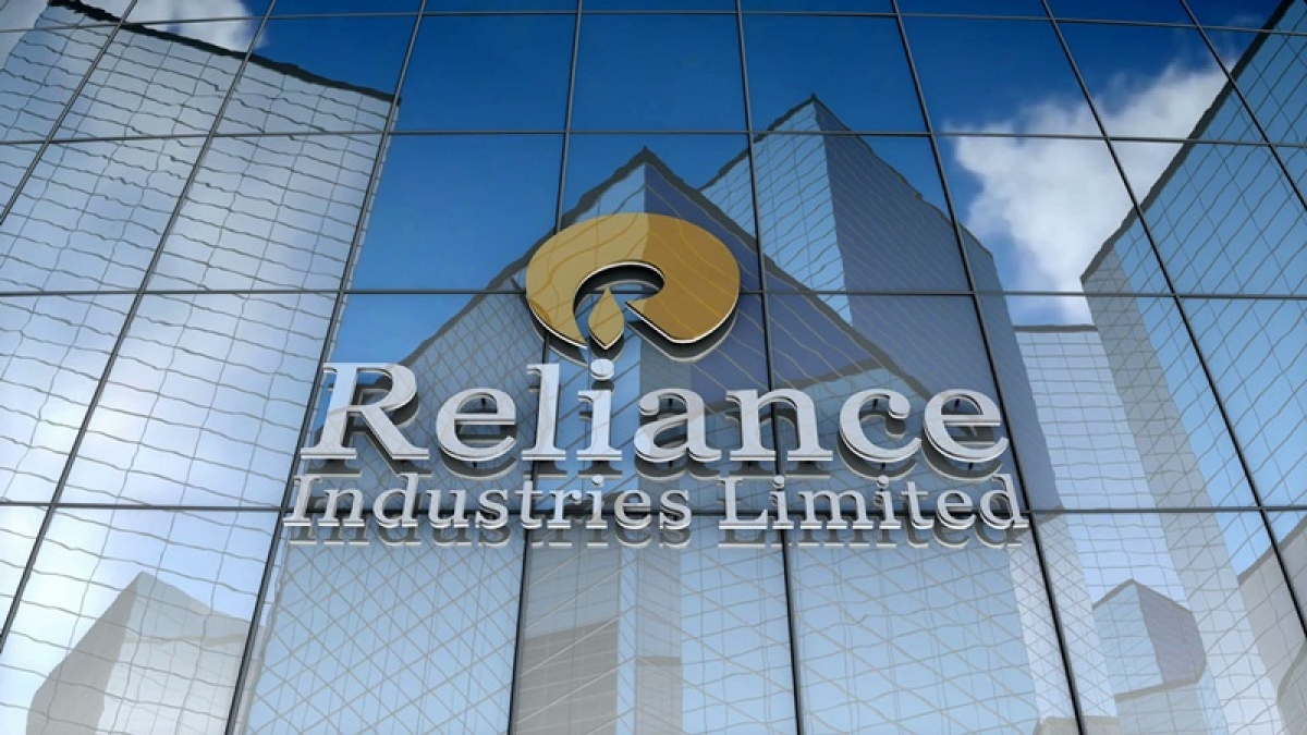 Markets drag for 7th day on Reliance Industries, global cues