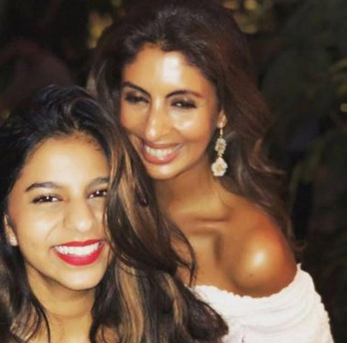 See pic! Suhana Khan and Shweta Bachchan Nanda sizzle and revel in their S factor in this unseen picture