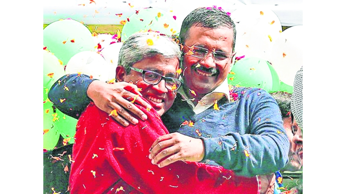 Ashutosh quits AAP, Kejri says 'no, not in this lifetime'