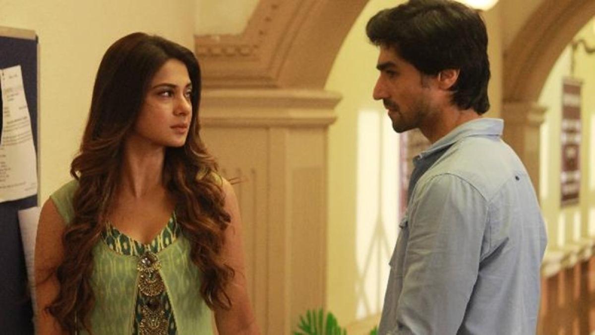 Bepannaah spoilers: Aditya to get jealous after seeing Zoya sharing food with Arshad?