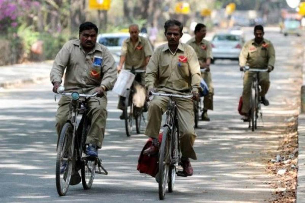 COVID-19: Despite odds, postal employees ensure services in Nashik