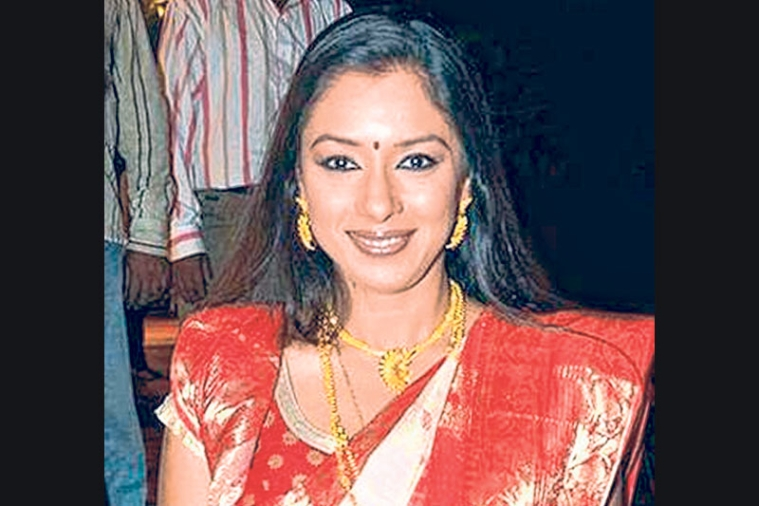Two bikers 'attack'  TV Actress Rupali Ganguly