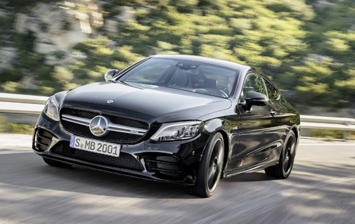 2018 Mercedes-Benz C-Class Facelift Launch Tomorrow; Will Rival Audi A4
