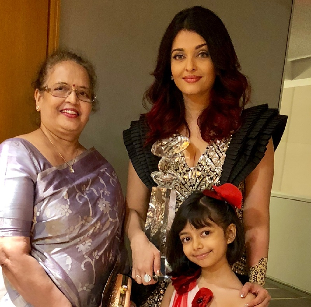 Watch video! Aishwarya Rai Bachchan not a good mother to Aaradhya? Trolls give her a lesson on parenting