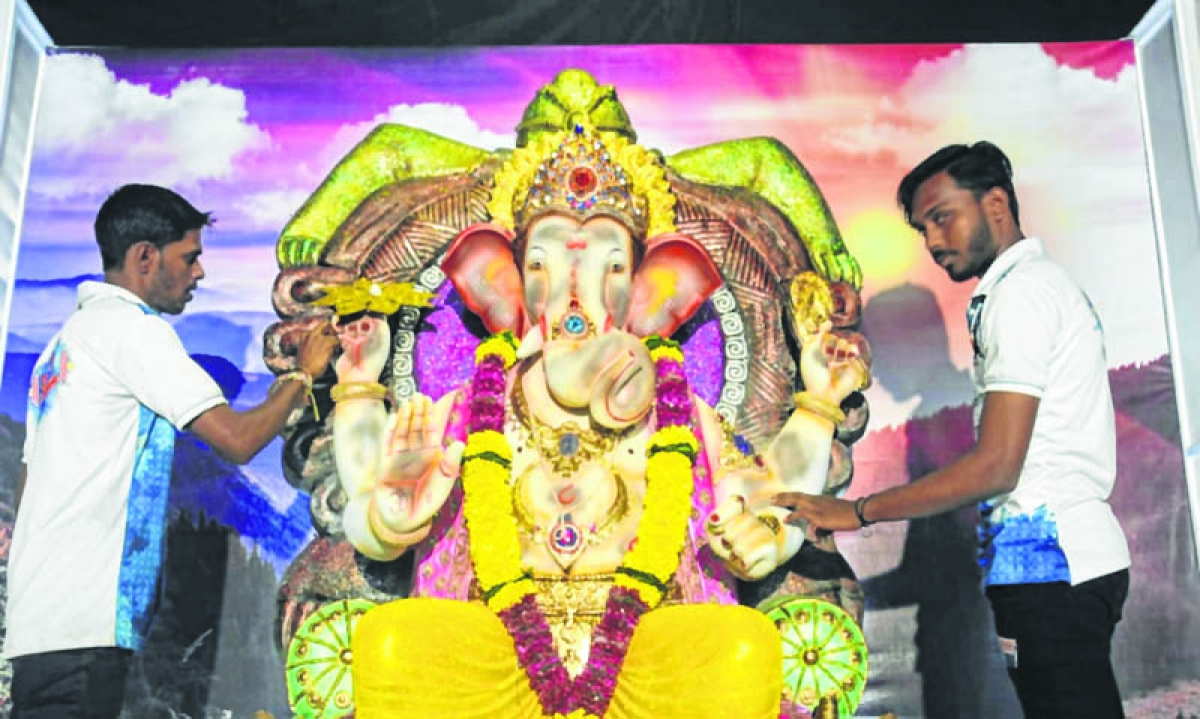 Ganesh Chaturthi 2018: Is pollution the reason for Ganesha idol turning black?
