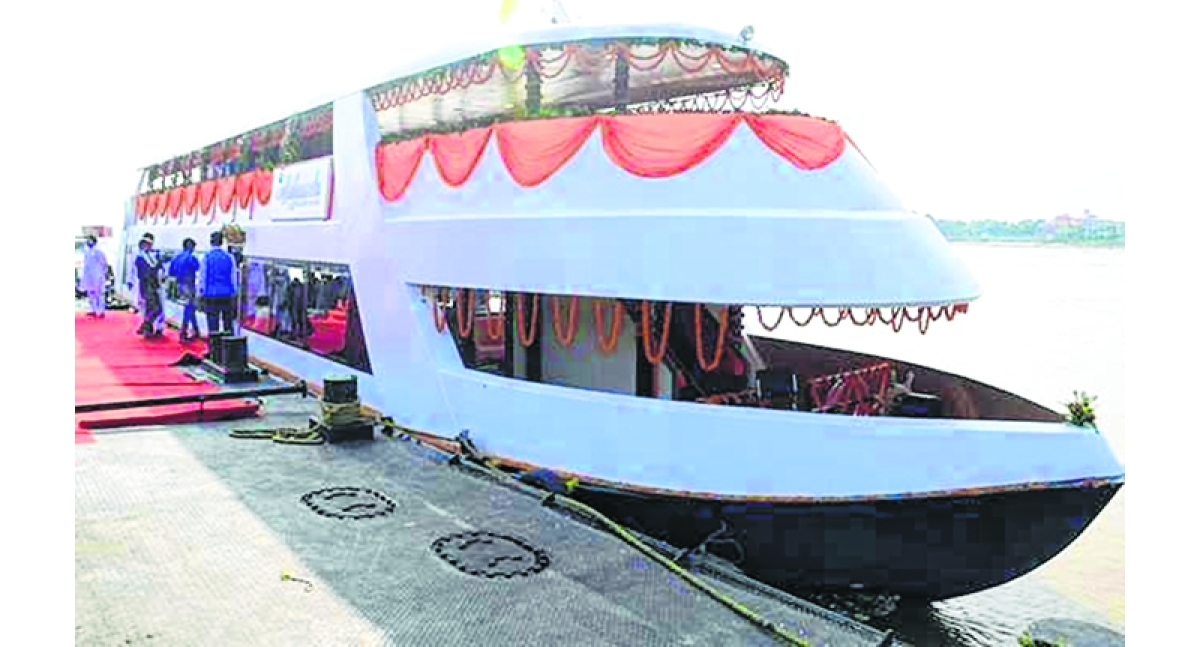 Yogi inaugurates luxurious tourist cruise in Varanasi