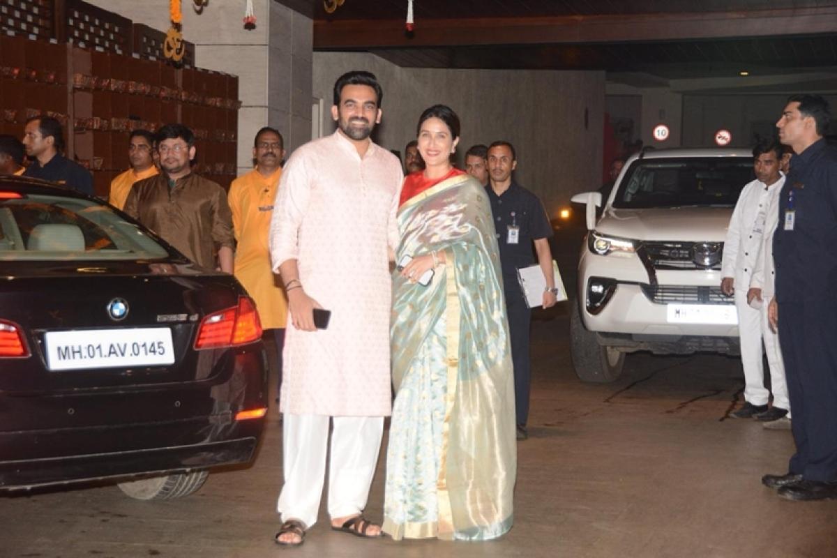 Zaheer Khan and wife Sagarika Ghatge at Mukesh Ambani's house. Photo By: Viral Bhayani