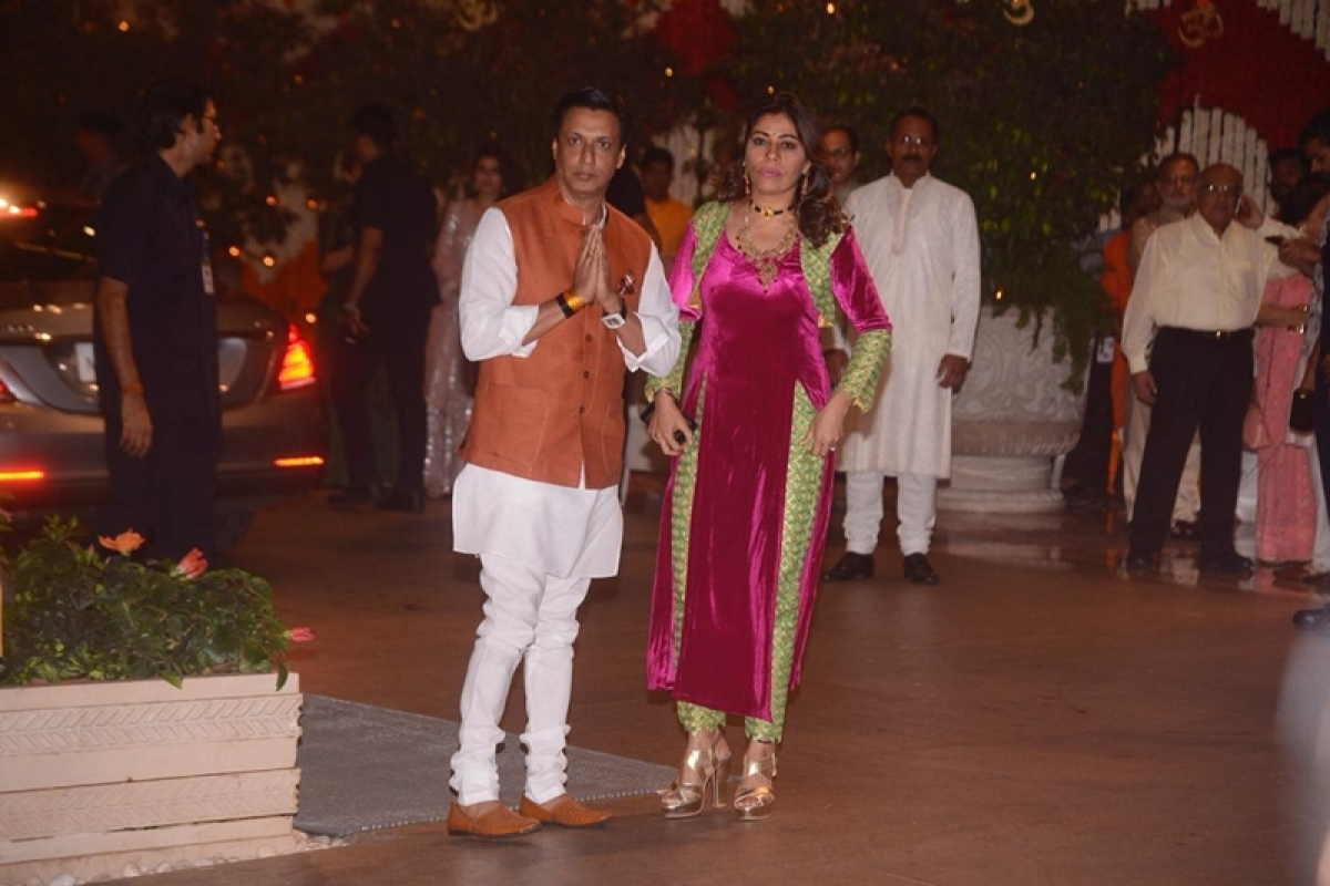 Madhur Bhandarkar and his wife at Mukesh Ambani's house.Photo By: Viral Bhayani