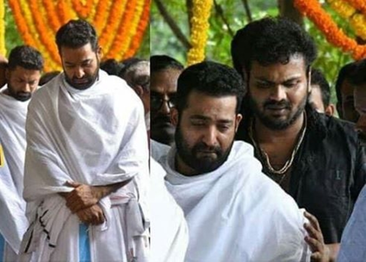 These pictures of teary-eyed Jr NTR from father Nandamuri Harikrishna's funeral will leave you heart-broken