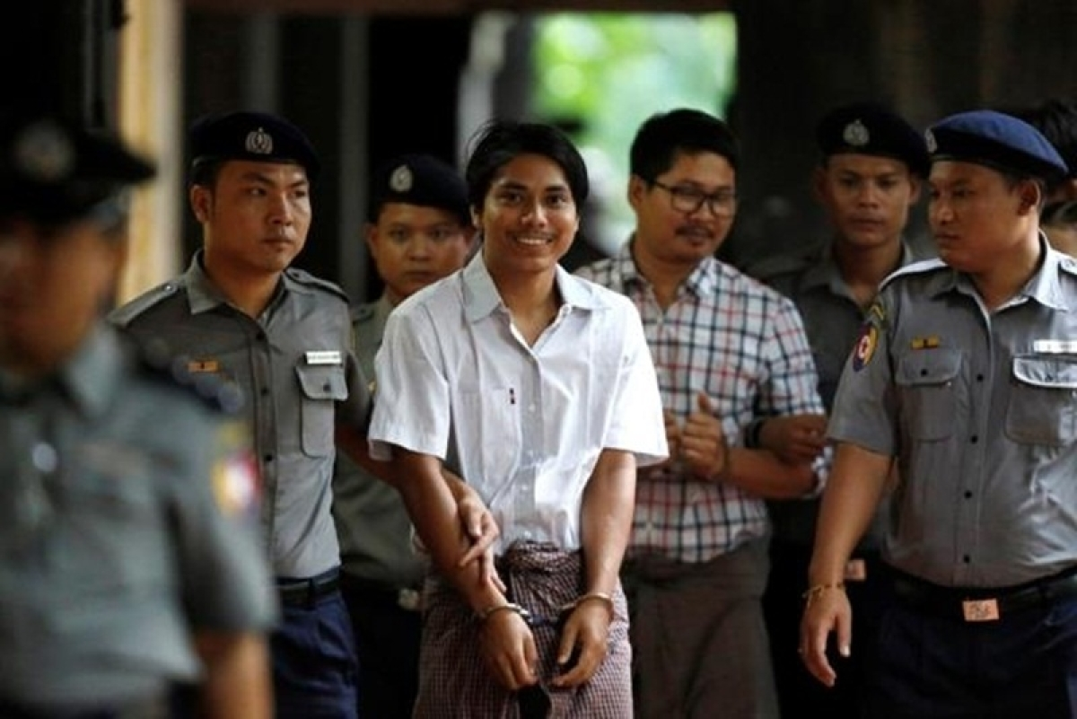 Myanmar jails 2 Reuters' reporters for 7 years for violating state secrets act