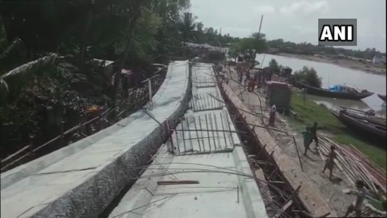 West Bengal: Under-construction bridge collapses, none injured