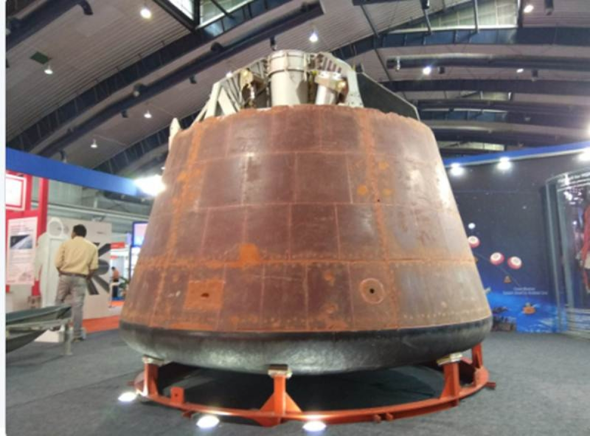 Space mission 2022: ISRO displays space suit and gives details about the capsule
