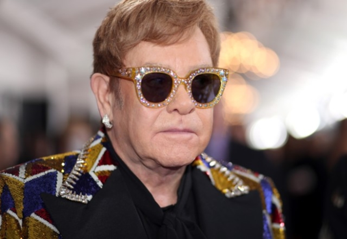 Veteran singer Elton John pays tribute to rapper Mac Miller