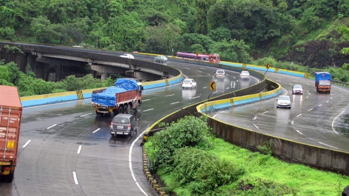 To raise funds for Mumbai-Nagpur Expressway, MSRDC plans to lease out prime plots in South Mumbai, Bandra