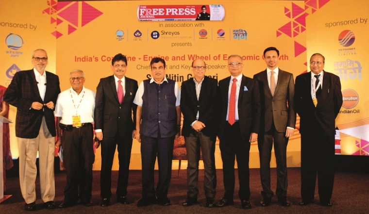 L to R) Anil Devli, CEO, INSA; R N Bhaskar, Consulting Editor; Anoop Kumar Sharma, CMD, SCI; Nitin Gadkari, Union Minister; Rajiv Agarwal, CEO and MD, Essar Ports; Sandeep Mehta, President, APSEZ; Abhishek Karnani, Director, Free Press Journal Group; and Sanjay Gupta, SVP (Shipping), Petronet LNG Limited.