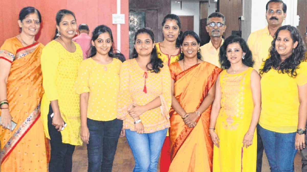 Navratri 2018: Egged on by in-house devis, men too adopt dress code