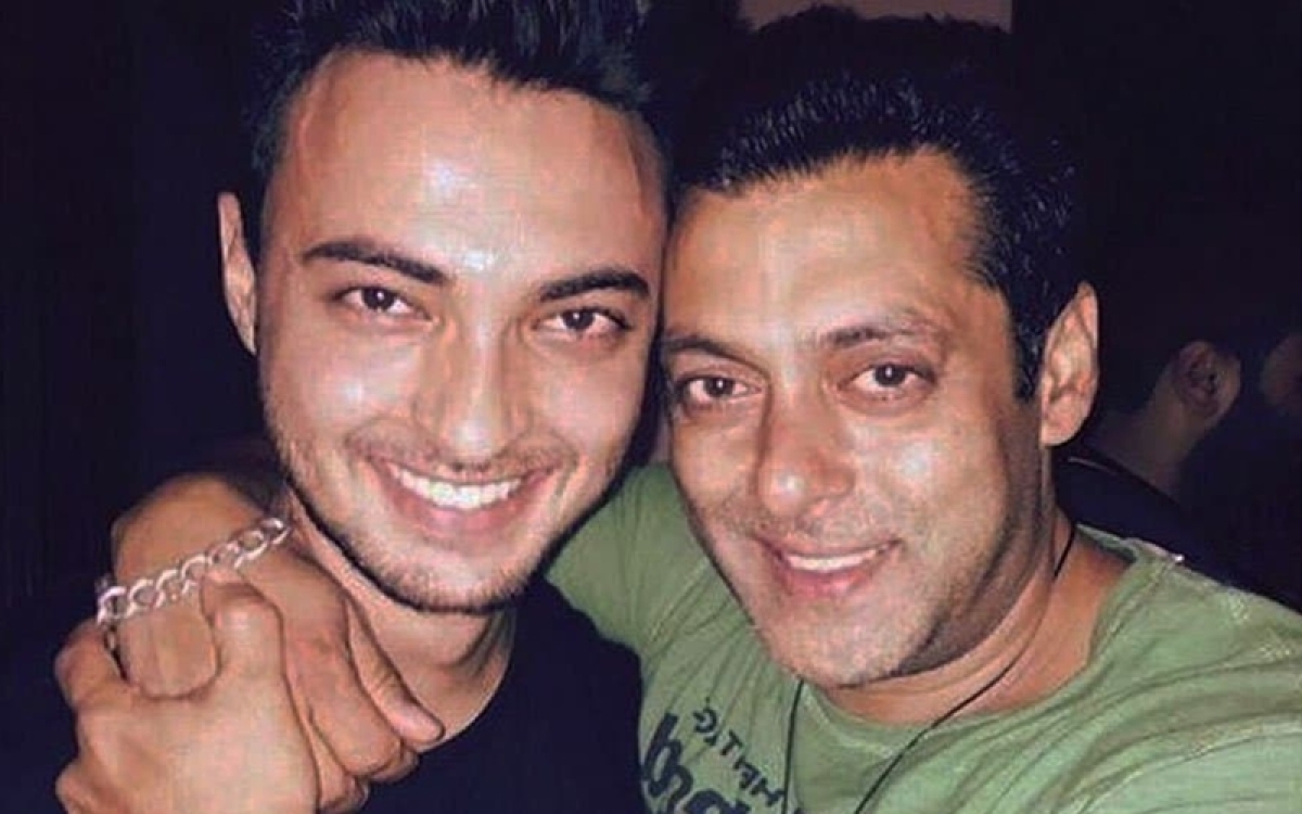 'LoveYatri' actor Aayush Sharma reveals who has the courage to wake Salman Khan from his sleep