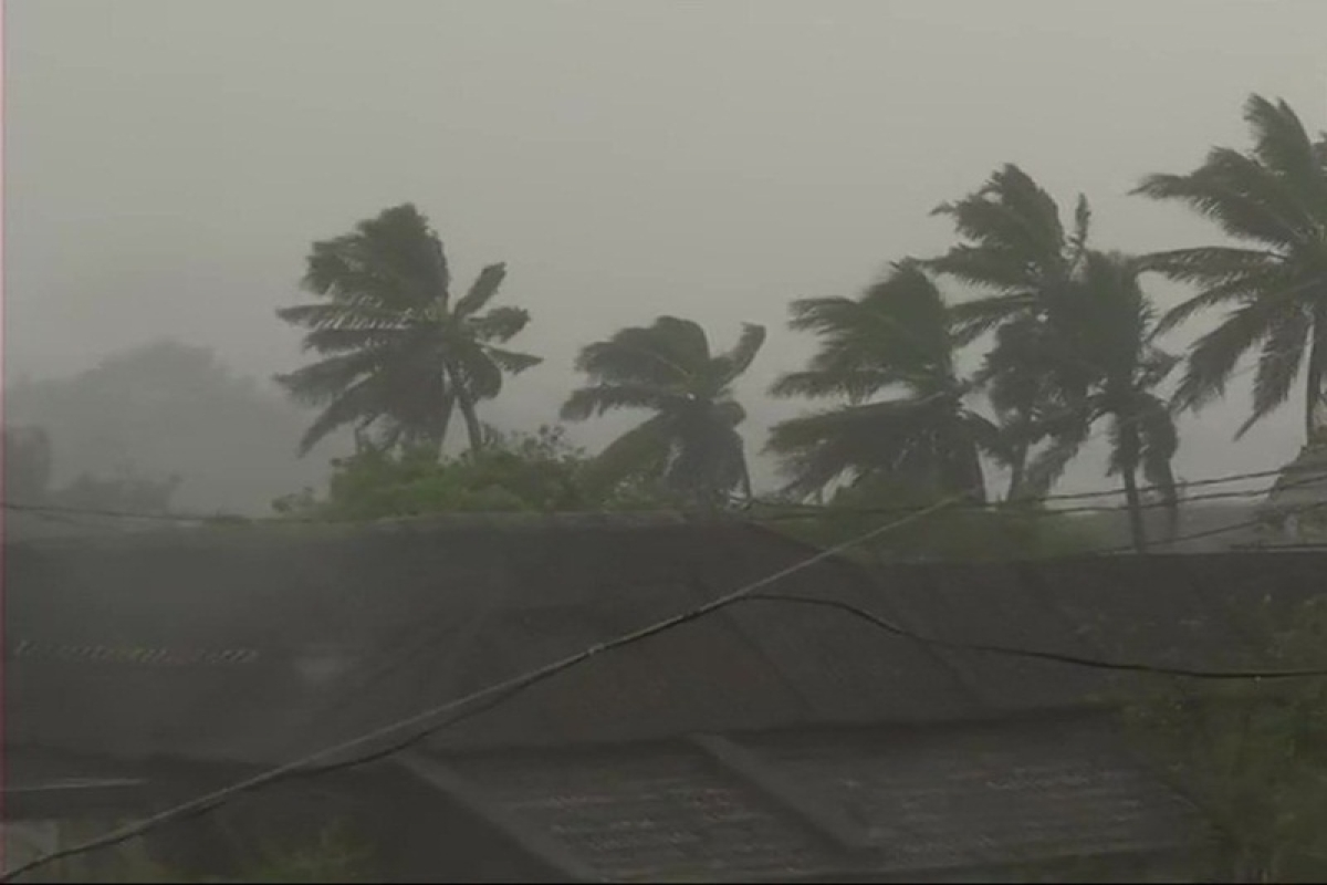 Cyclone Idai hits Mozambique, Malawi, Zimbabwe, kills many