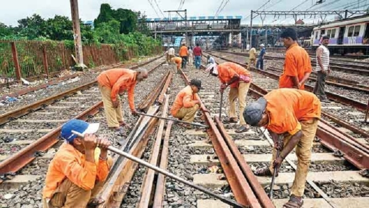 Mumbai Mega Block on Sunday, February 24; train services on Central, Harbour and Western lines to be affected