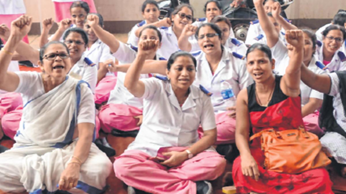 Mumbai: Nurses stage protest against staff shortage