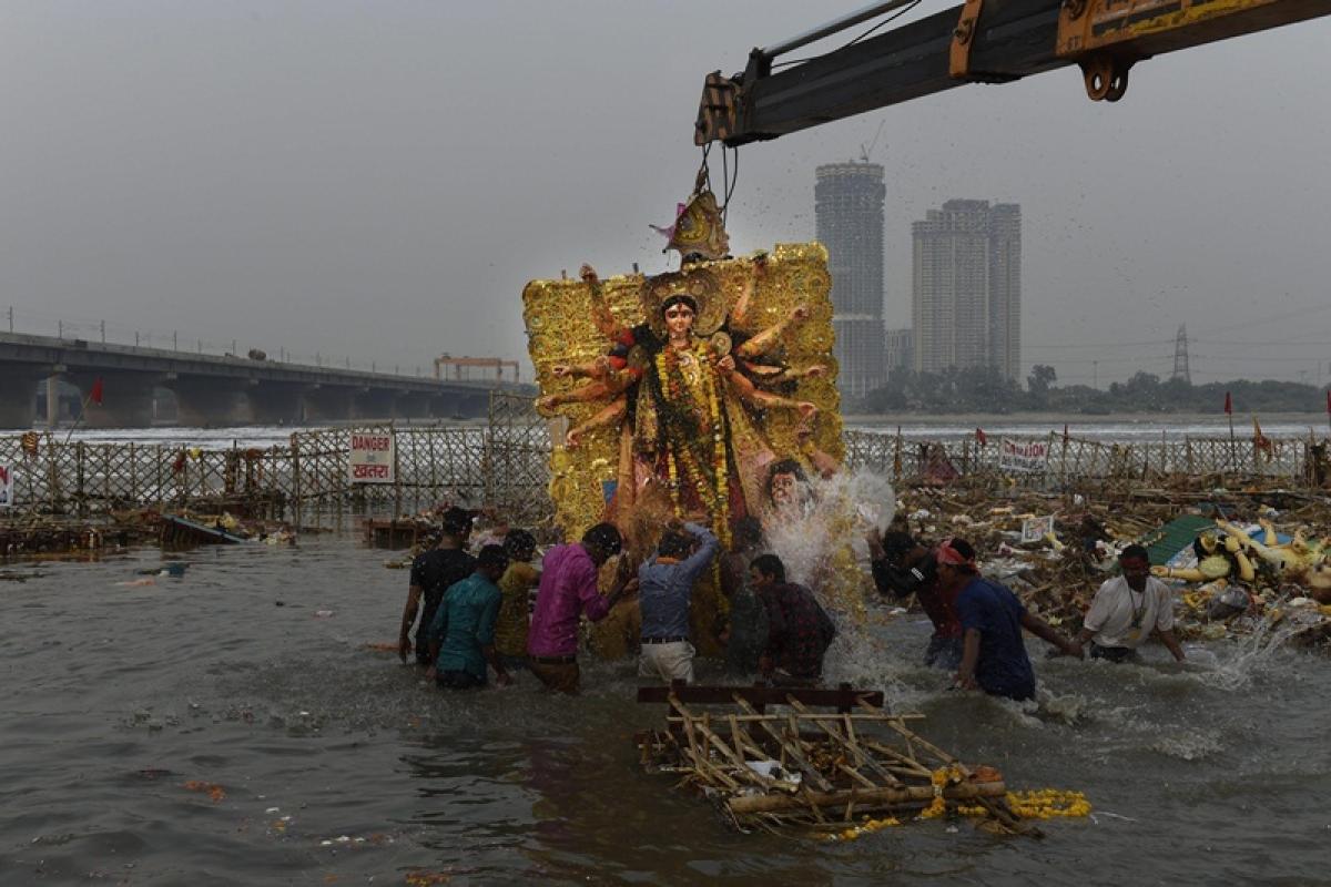 Delhi: DCP, 7 other cops injured after Durga idol immersion procession turns violent