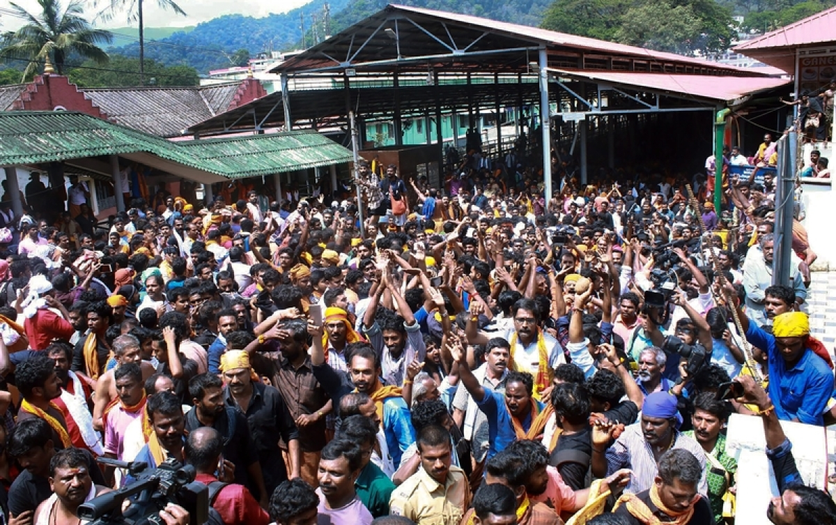 Sabarimala row: Case against 4 RSS workers filed for hurling bombs at police station during protest