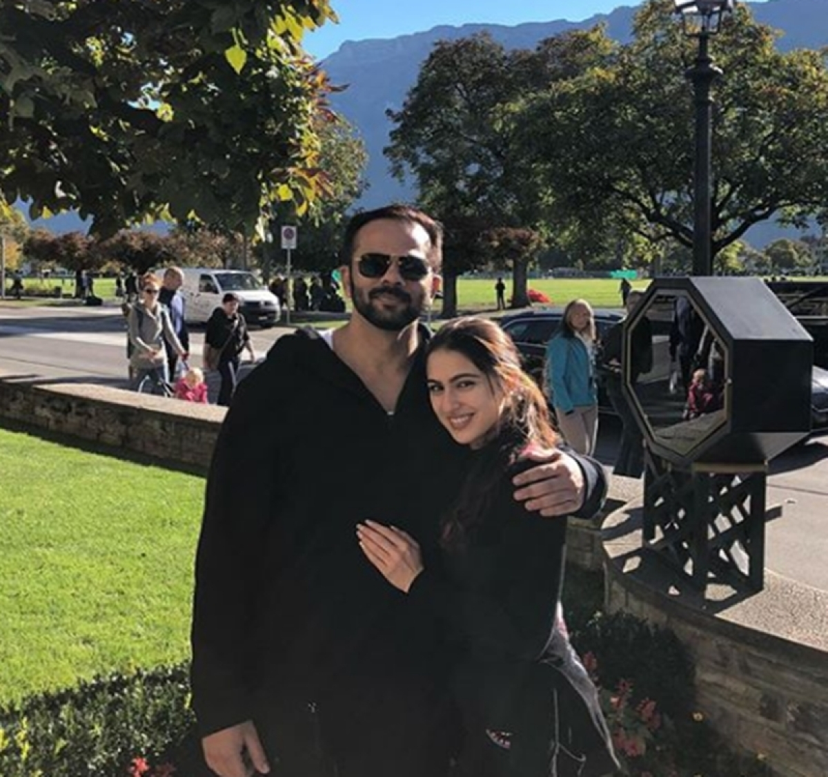 'Simmba' actress Sara Ali Khan feels lucky to have Rohit Shetty as her boss; see pics