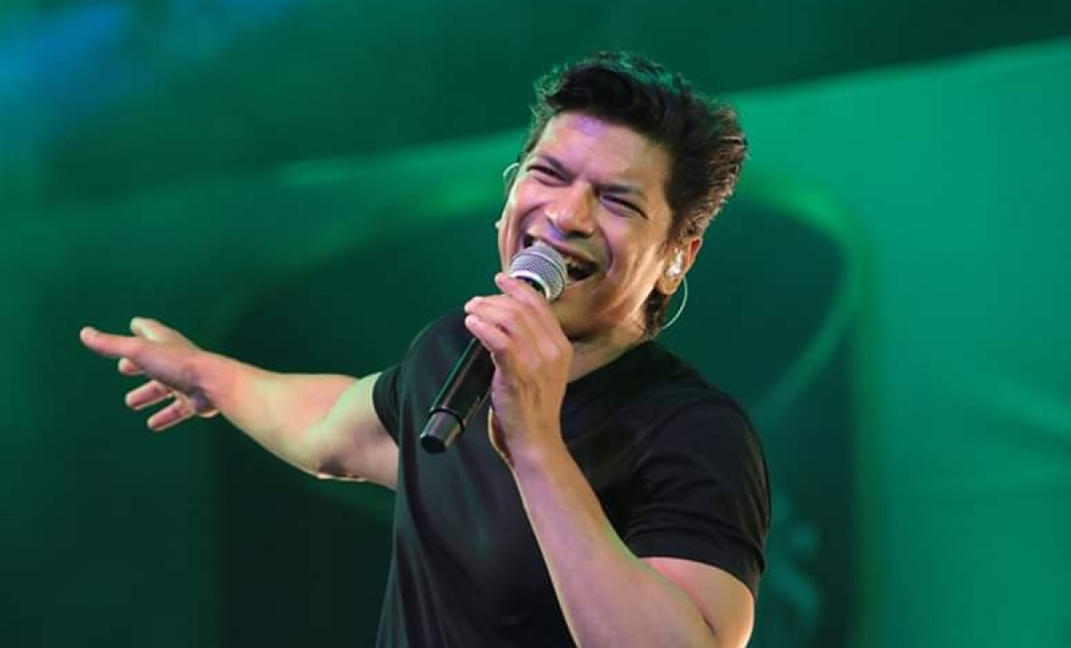 Singer Shaan attacked at concert for singing Bengali song in Assam; reacts to incident on Twitter