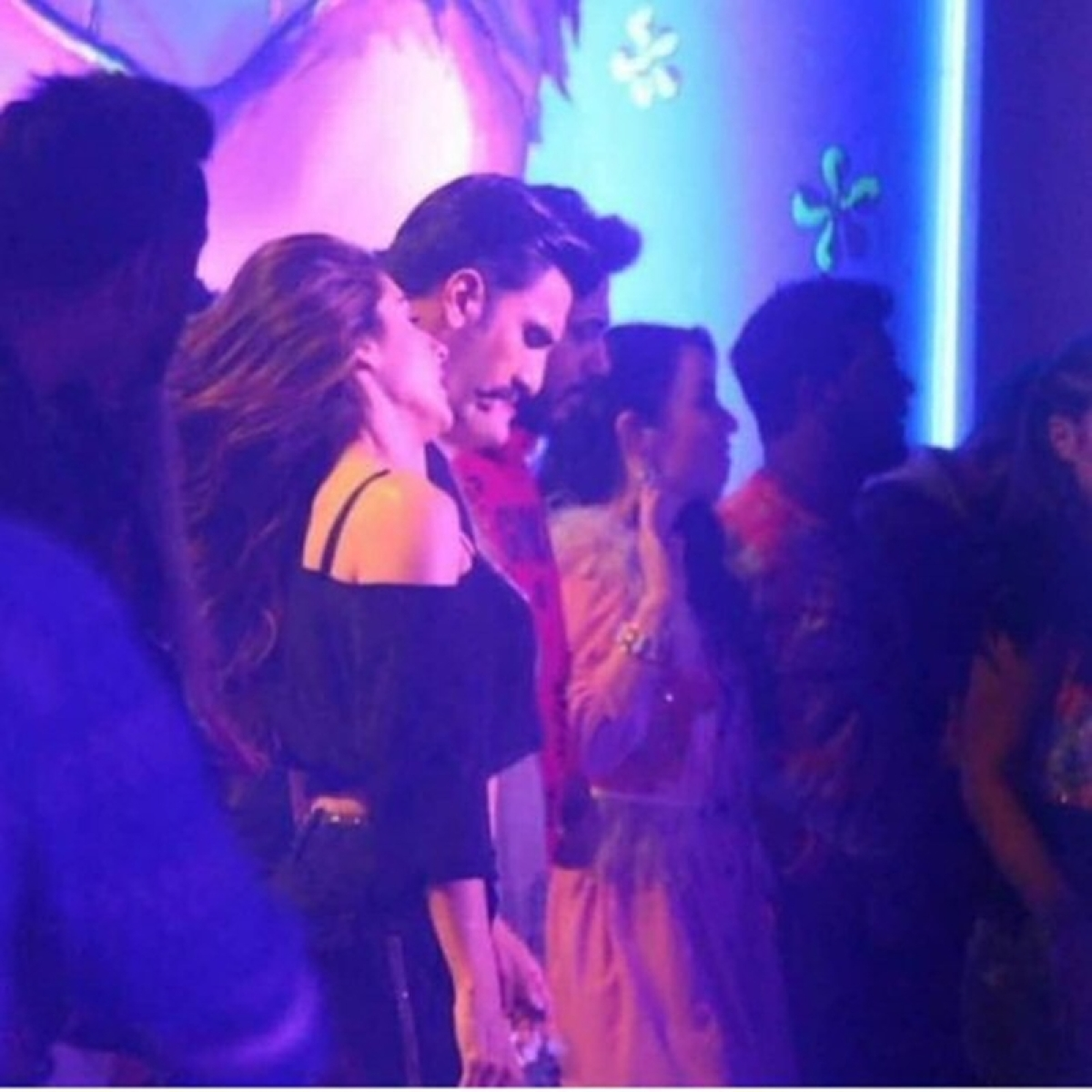 Glimpses from the sets! Ranveer Singh and Sara Ali Khan shoot for a peppy dance number for Simmba