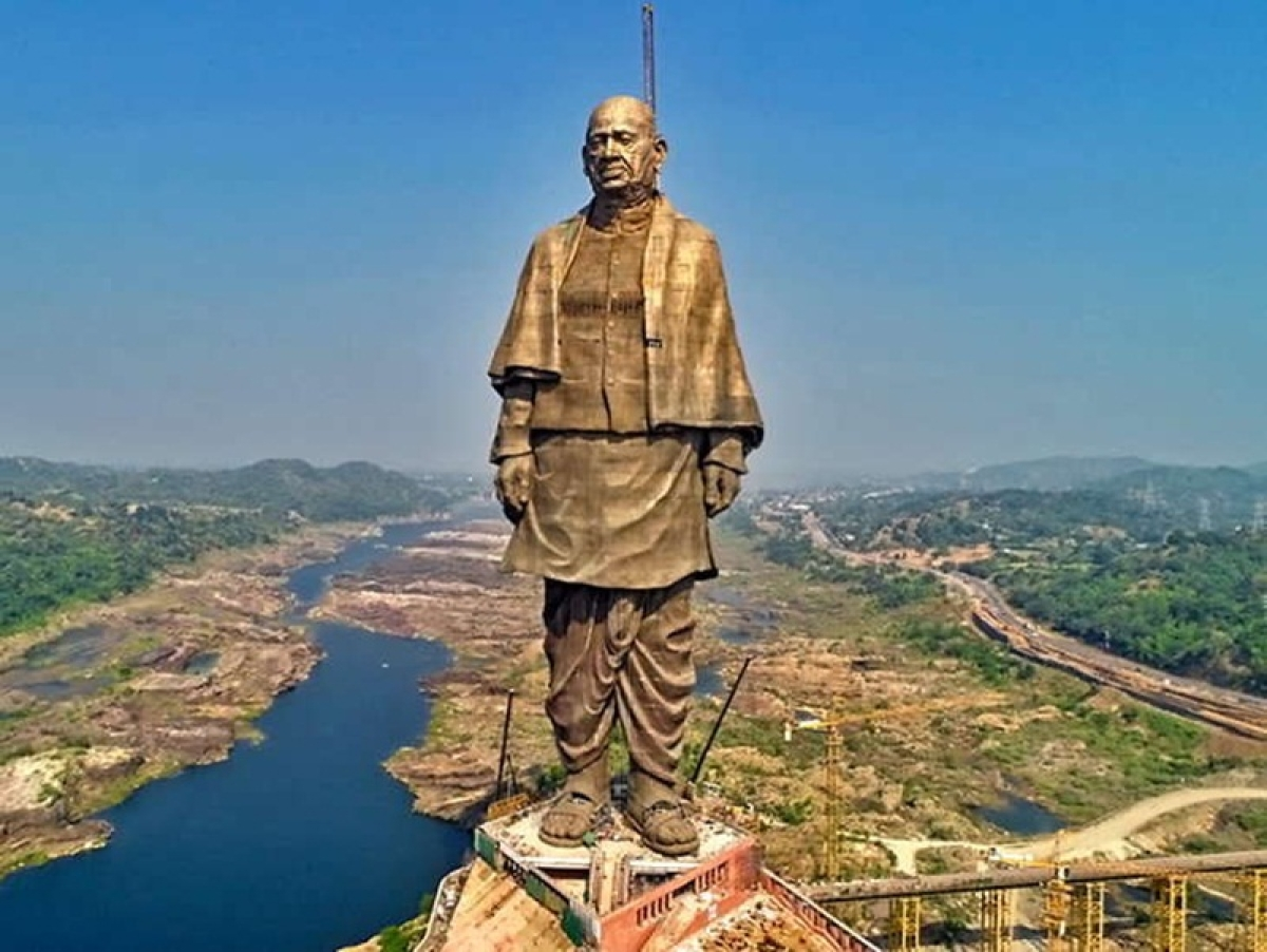 Gujarat government invites Tamil Nadu CM K Palsniwami to inauguration of Vallabhbhai Patel statue