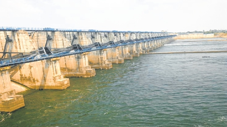 Maharashtra: Gosekhurd project-hit promised relief, finally