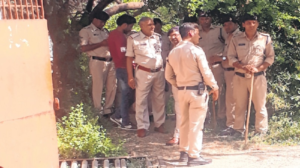 Maharashtra: Wakad cops file charges against dead man