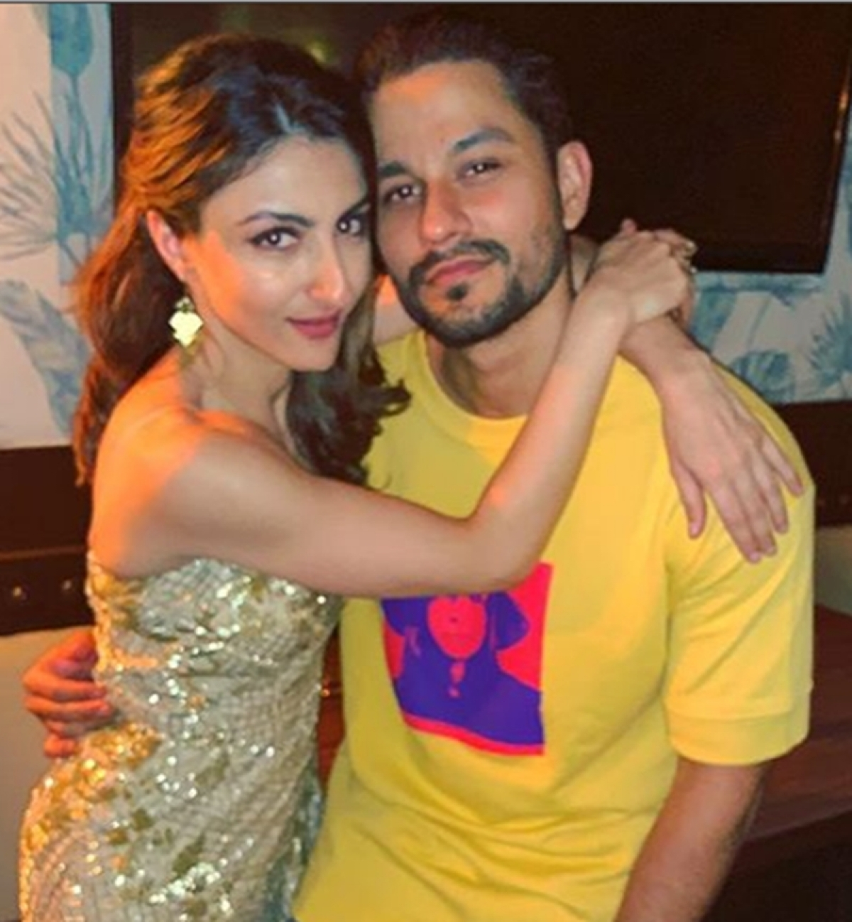 Kunal Kemmu showers kisses, lots of love on wife Soha Ali Khan's birthday; Check out inside pictures