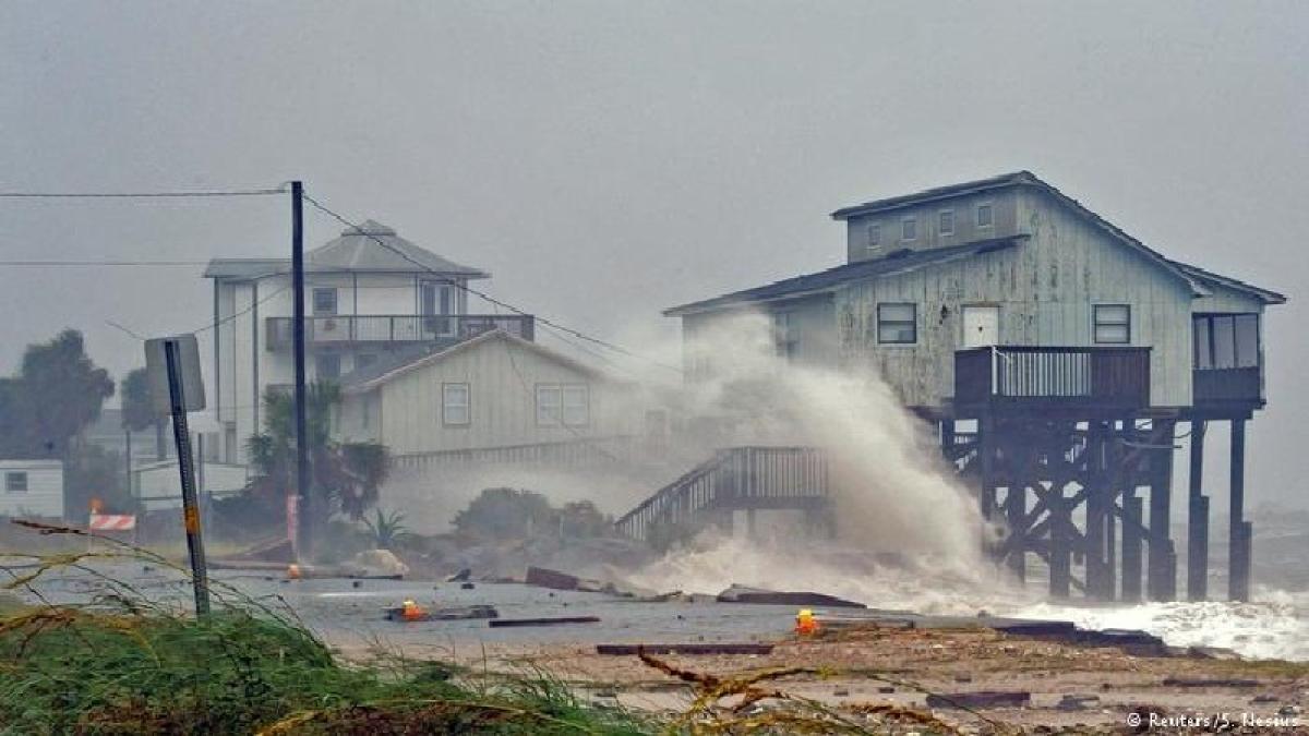 Hurricane Michael: Storm devastates Florida, toll 17