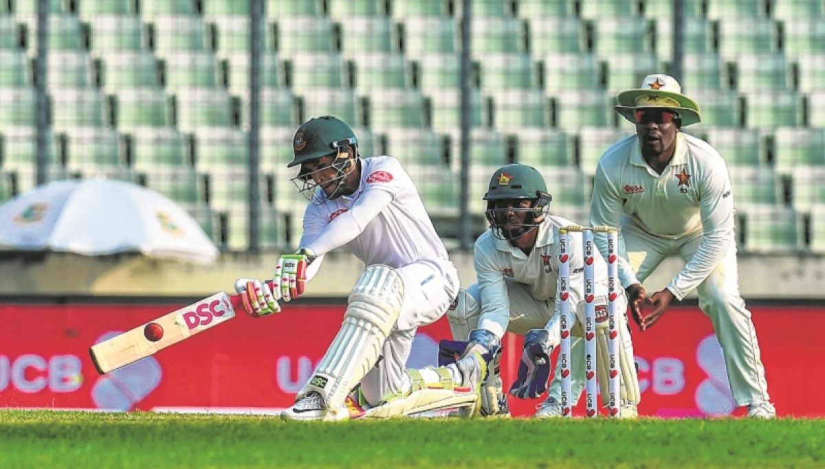 Mominul Haque and Mushfiqur Rahim put Bangladesh in command over Zimbabwe