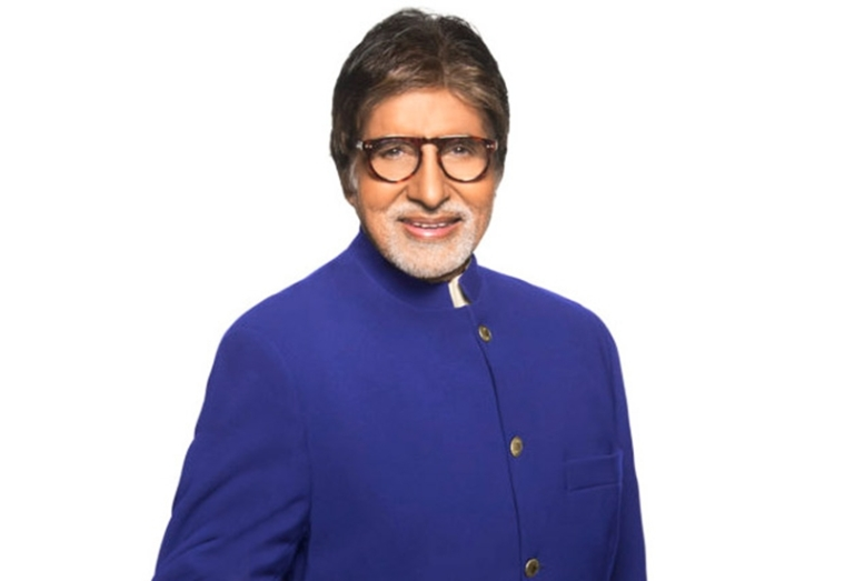 Amitabh Bachchan commences shoot for 'Jhund' in Nagpur