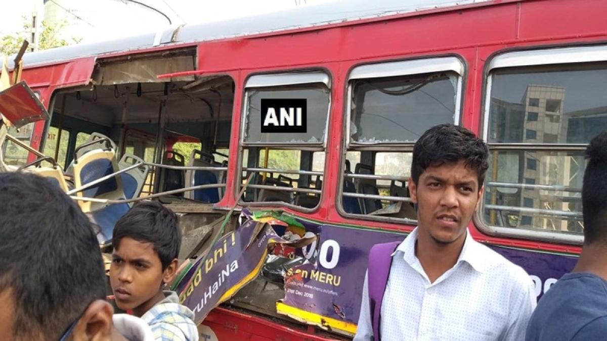 Mumbai: Train hits bus at level crossing in Sanpada, 3 hurt