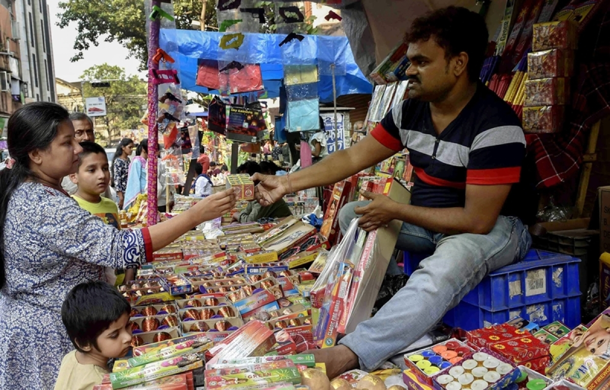 Indian consumers join in festivities with higher shopping intensity: Deloitte survey