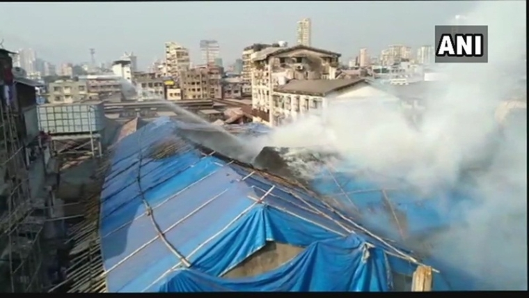 Mumbai: Fire breaks out at Mangaldas Market, 5 fire tenders are at the spot