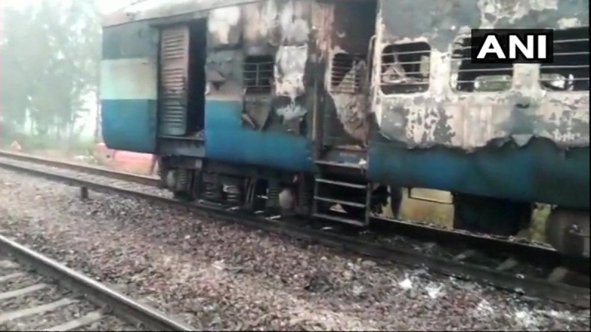 Fire breaks out in coach of Kalka-Howrah train, no casualties