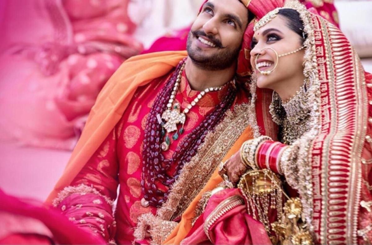 DeepVeer wedding: Sabyasachi unveils the secret behind bride's lehenga and groom's sherwani; Watch Videos