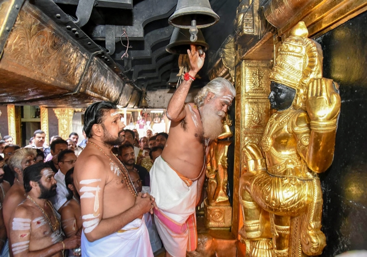Sabarimala temple shut for 'purification' after two women below 50 enter at shrine
