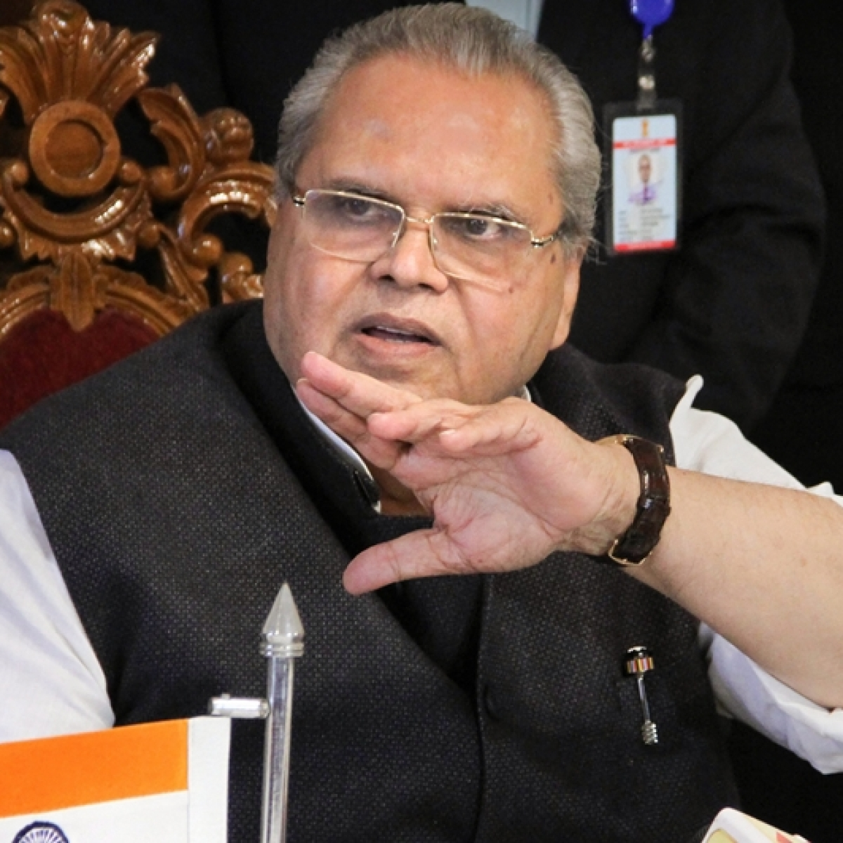 Opposition sends strongly-worded letter to J&K Governor over curbs on Kashmir visit