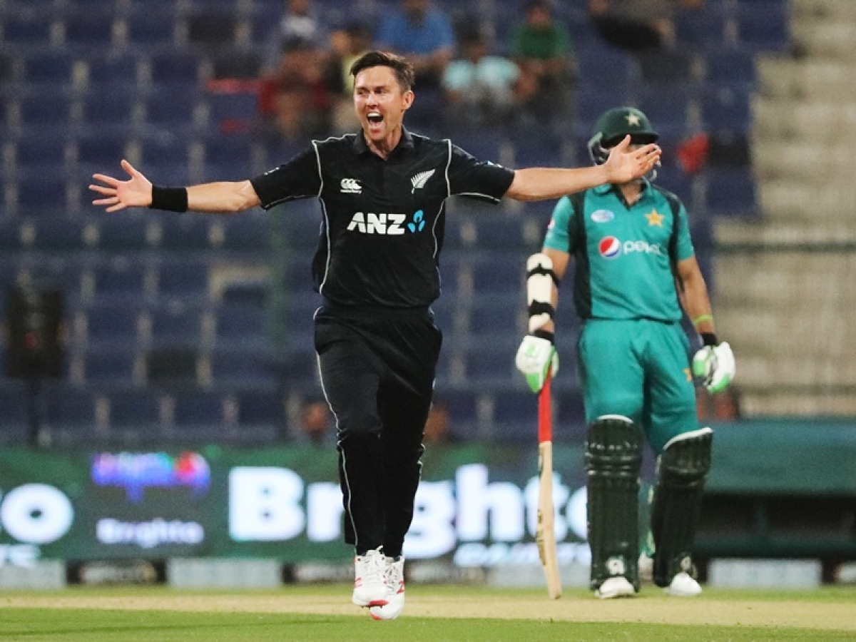 Pakistan vs New Zealand: Kiwi pacer Trent Boult creates history by bagging hat-trick in 1st ODI; watch video
