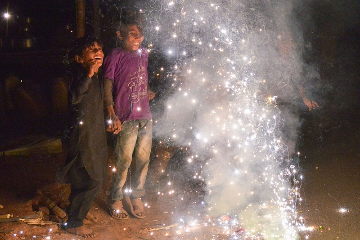 A series of unfortunate incidents: Importance of bursting crackers