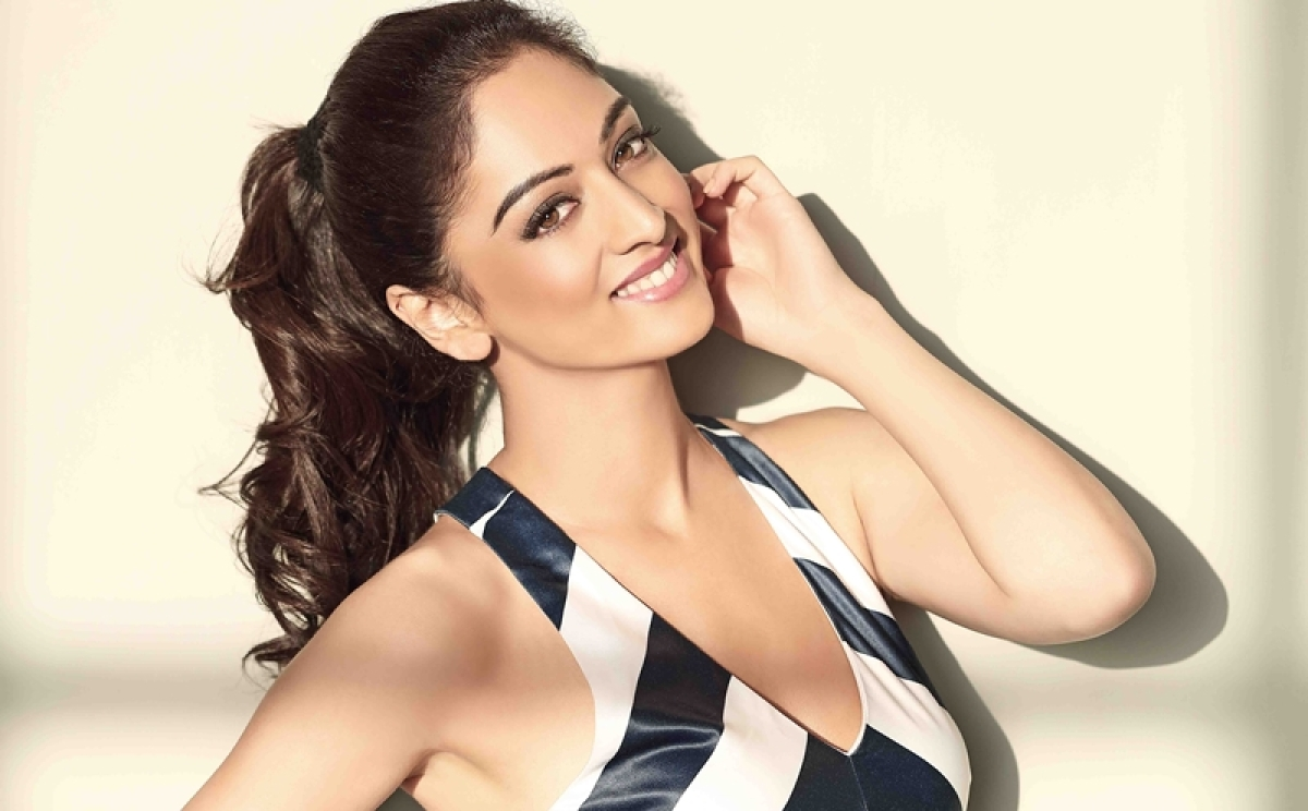 Sandeepa Dhar's 'Wow Weekend' would be flying off to Goa and lazing by the beach