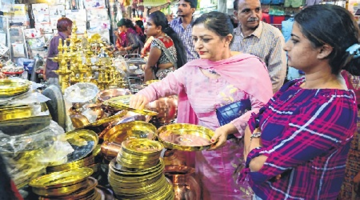 Bhopal: Dhanteras cheers up market; sales up