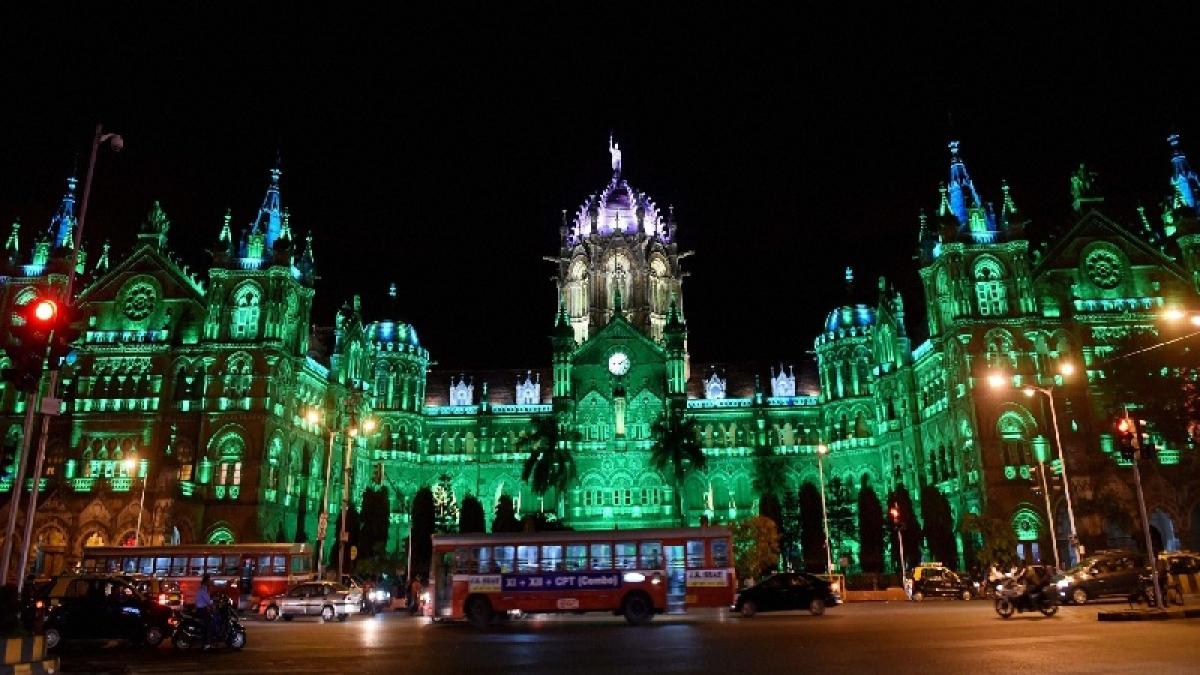 National organ donation day: Mumbai CSMT turns green