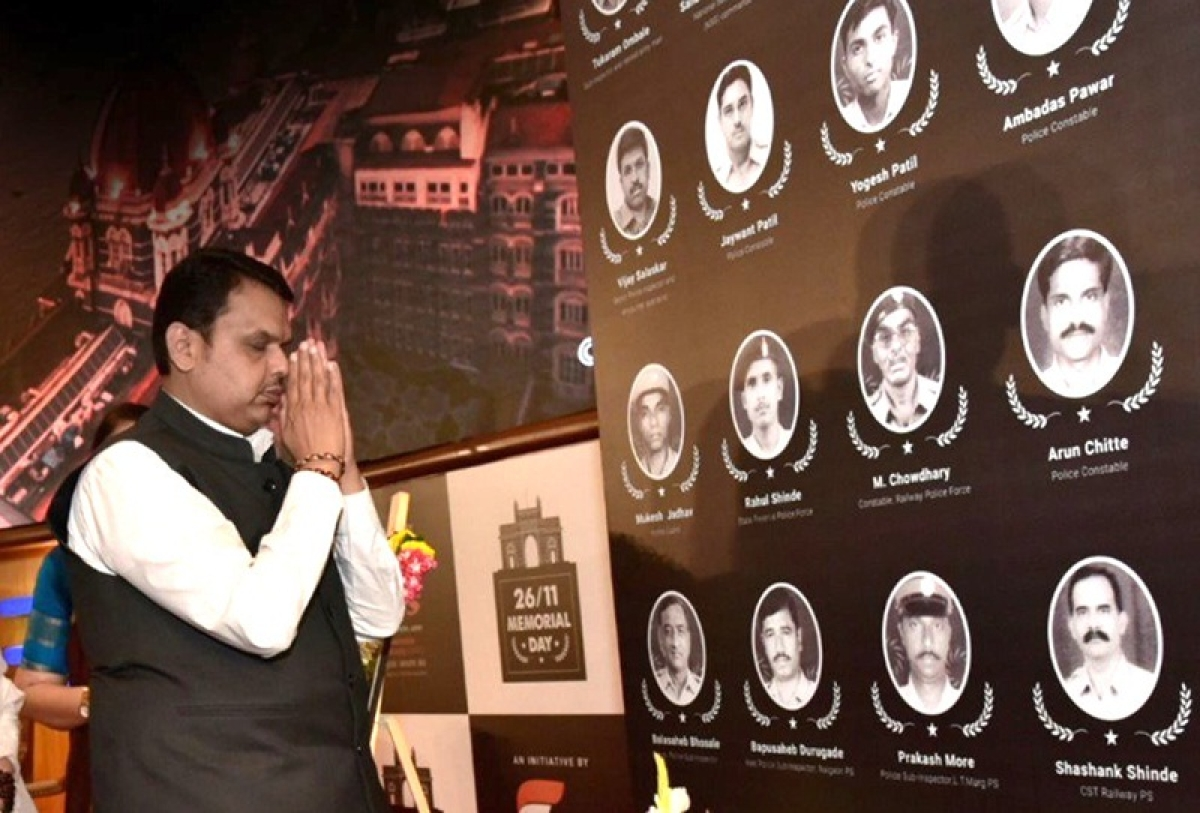 10 years of 26/11: Politicians, police pay tributes to martyrs of Mumbai terror attacks