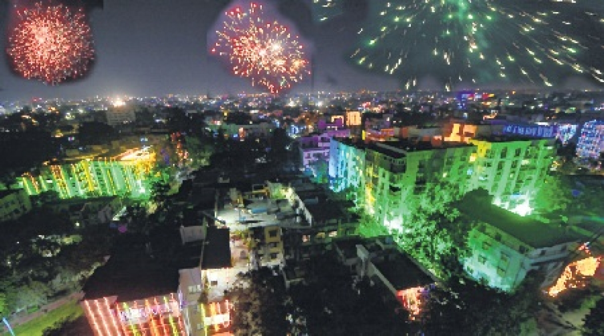 Indore: Fun, fervour & lights